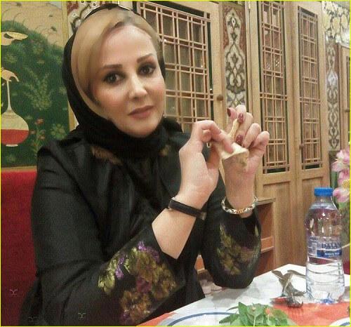 شیوا خسرومهر بازیگر نقش مادر ترانه در سریال ممنوعه