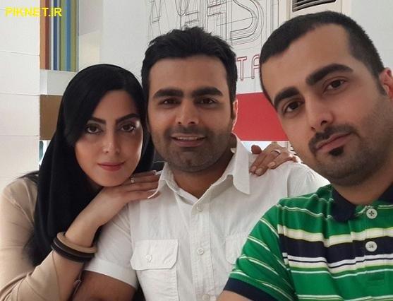 نیلوفر شهیدی به همراه برادرانش