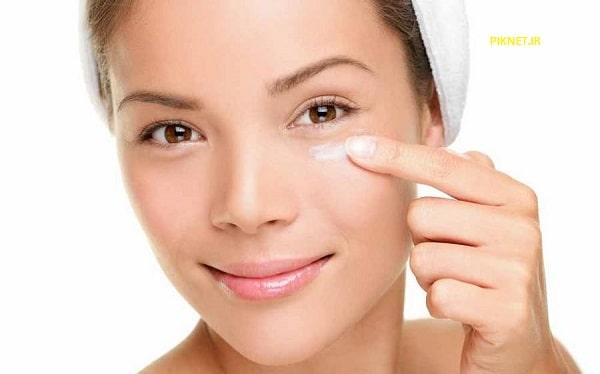 علت تیرگی زیر چشم و آکنههای صورت چیست؟