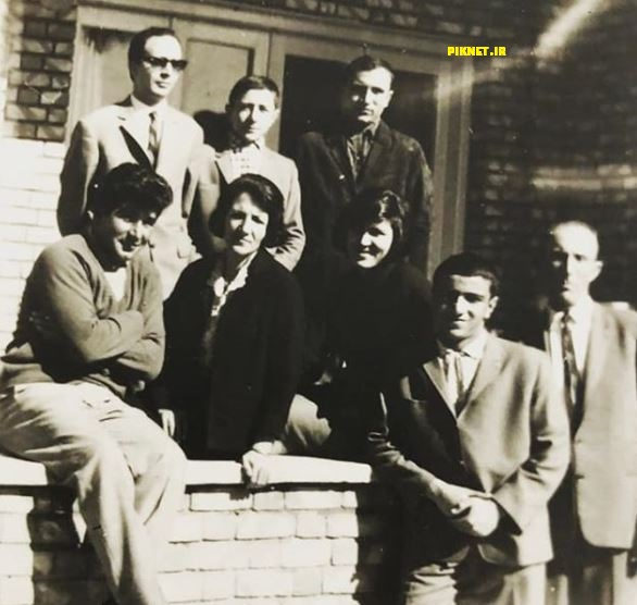 عکس خانوادگی نصرالله مدقالچی در دوران نوجوانی