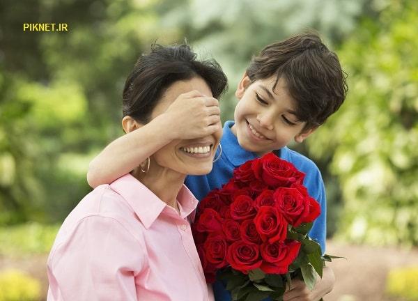 روز مادر سال ۹۹ چندمه | تاریخ دقیق روز زن و مادر در سال 99