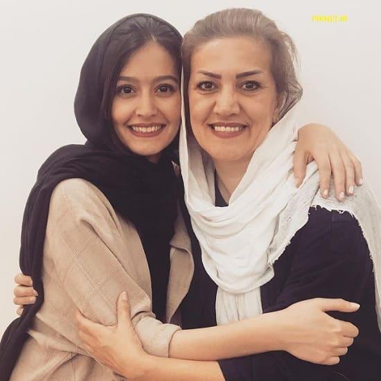 پردیس احمدیه و مادرش