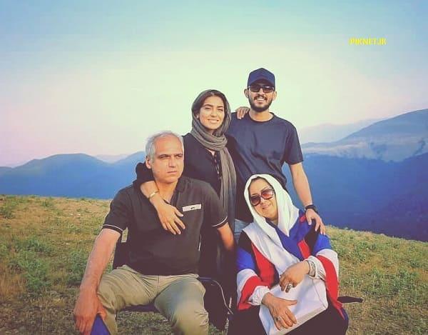 عکس خانوادگی مونا کرمی